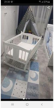 Baby Bett mit schaukel Funktion