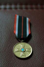 WK2 Orden Kriegsverdienstmedaille mit Band