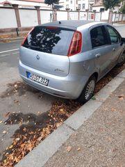 Fiat Punto silber mit schwarzem