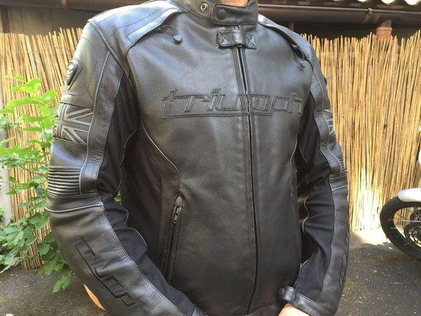 Motorrad - Lederjacke Triumph Mugello