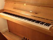 Yamaha Klavier Mod 104