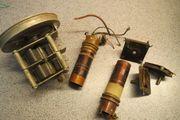 Drehkondensatoren und Empfangsspulen aus antiken
