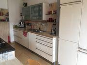 Küche mit div Geräten