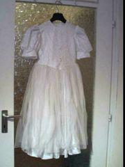 Perlenkleid weiß