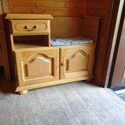 Telefonkasten Garderobenkasten mit Sitzmöglichkeit
