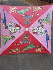 Sonnenschirm mit Kindermotiven