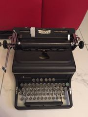 Schreibmaschine Triumph Metall schwer Topzustand
