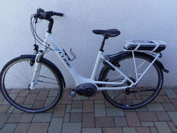 CUBE - E-Bike - Cube Travel Hybrid -