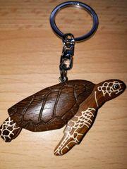 Schlüsselanhänger Schildkröte Holz Malediven