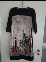 Kleid Größe 44 sehr schön