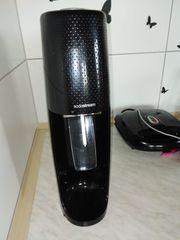 Sodastream mit 6 x Sirup