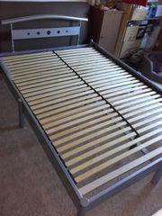 Metallbett 140 cm breit gegen